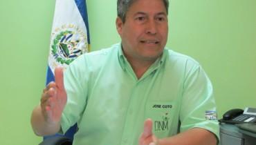 Director Nacional de Medicamentos Vicente Coto.