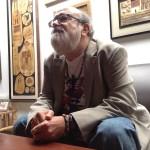 Fernando Llort cuenta sus memorias a Diario 1. Foto D1/Salvador Sagastizado.