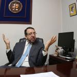 José Miguel Fortín Magaña, director del Instituto de Medicina Legal, dice muchos políticos demuestran carencia absoluta de valores. Por eso nunca le interesó. Foto: D1/ Nelson Dueñas.