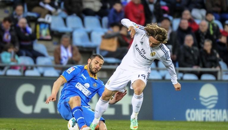 Minuto A Minuto Getafe 1 Real Sociedad 0: Real Madrid Gana 3 A 0 Al Getafe Y Ocupa Segundo Lugar En