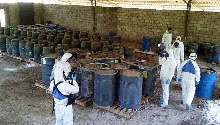 Barriles toxicos en san luis talpa