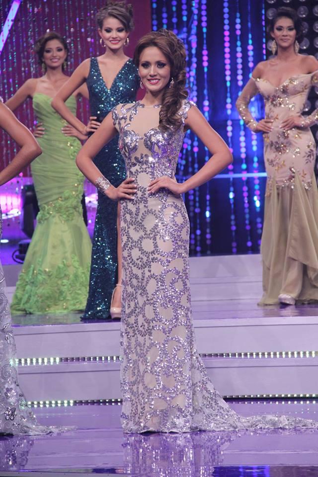 Rocío Romano una de las cinco finalistas. Foto D1: Nuestra Belleza El Salvador.