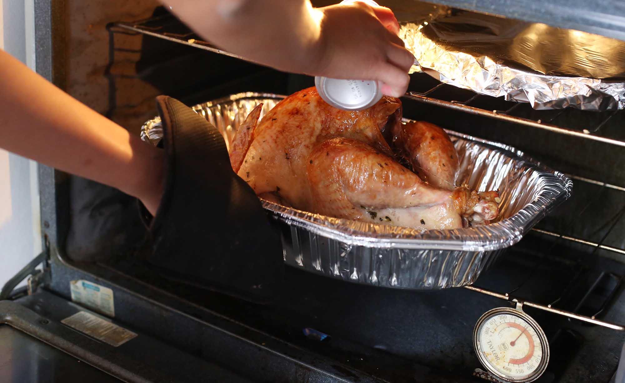 Cinco deliciosas recetas para preparar en nochebuena diario1 for Como cocinar un pavo