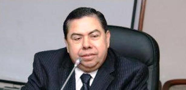 Armando Serrano, abogado de Enrique Rais, quien viajó junto al fiscal general.