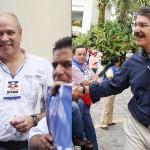 Rodrigo Ávila (i) y Norman Quijano (d), candidatos a diputados de ARENA, para La Libertad y San Salvador, salieron derrotados de elecciones presidenciales en las elecciones de 2009 y 2014, respectivamente. Foto D1
