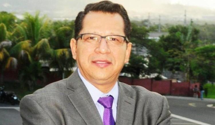 Carlos Rivas salary