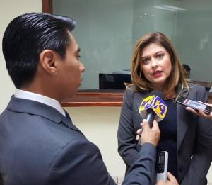 La diputada Patricia Valdivieso presentó este martes la propuesta de reformas a dos leyes penales. Foto D1: Tomada de @AsambleaSV.