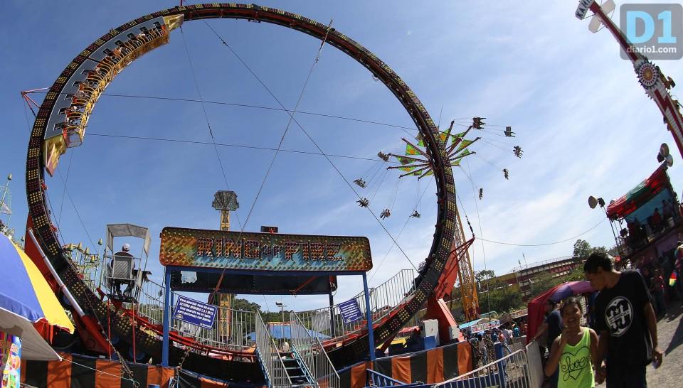 Diversion Y Emocion En El Campo De La Feria Diario1
