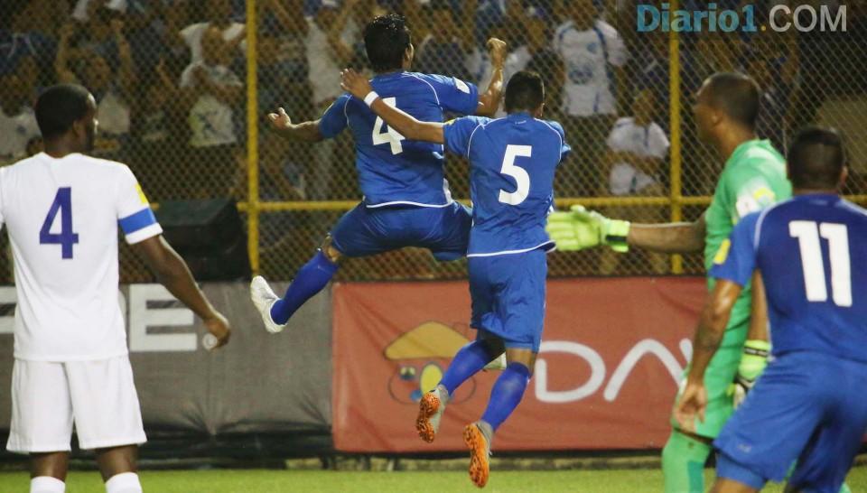 8-9-2015: Eliminatorias Copa Mundo Rusia 2018: El Salvador 1 Curazao 0. ESA-vs-Curacaco-08092015_18-960x546