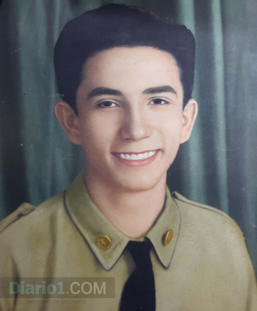 Foto D1. Retrato de Italo López Vallecilllos cuando era niño.