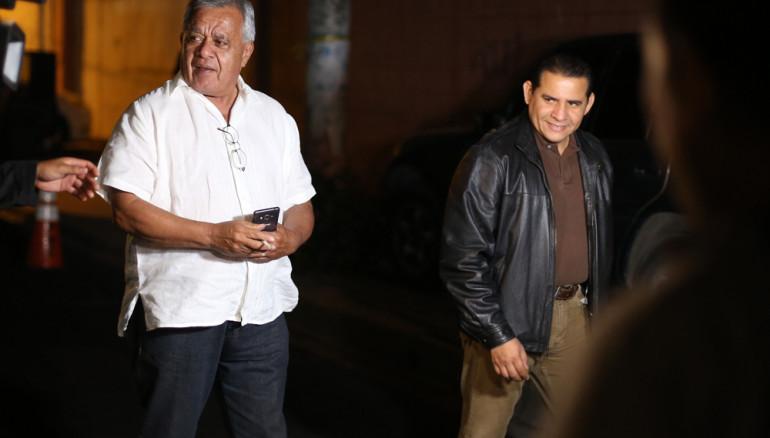Mauricio vargas, general retirado y Lisando Quintanilla, abogado de 13 de los 17 implicados en el Caso Jesuitas. Foto D1/R. Sura
