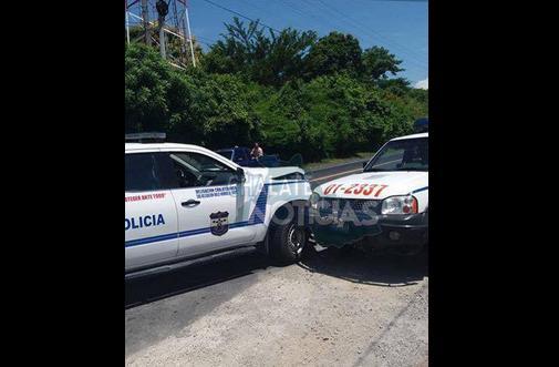 Fotos tomadas del Twitter de @ChalateNoticias.