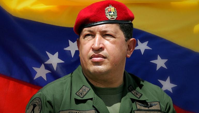 El fallecido presidente de Venezuela, Hugo Chávez, con quien comenzó el consorcio para instalar las empresas Alba en el país.