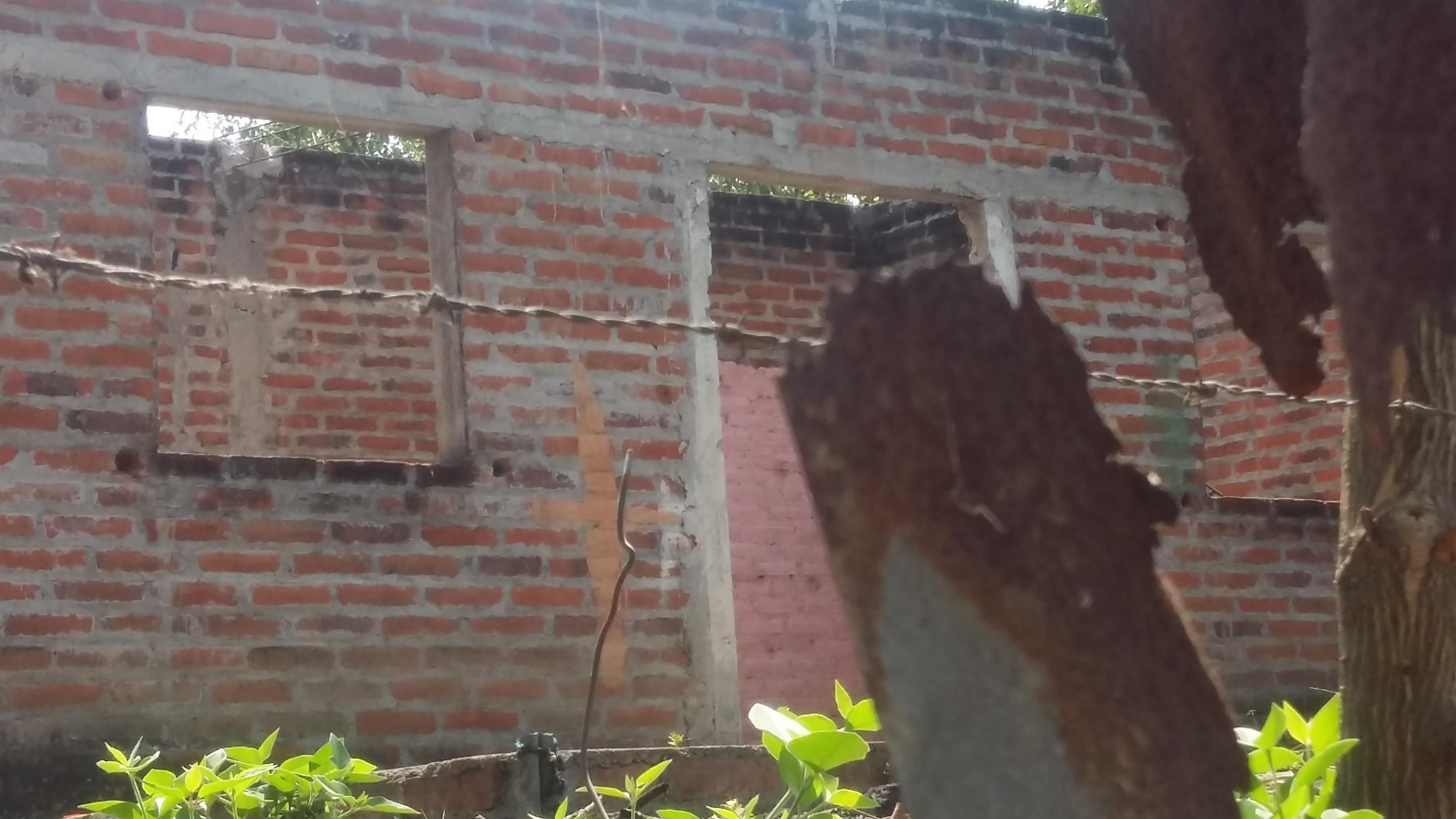 Casas deshabitadas en el cantón Aguas Escondida de San Juan Opico. Foto D1