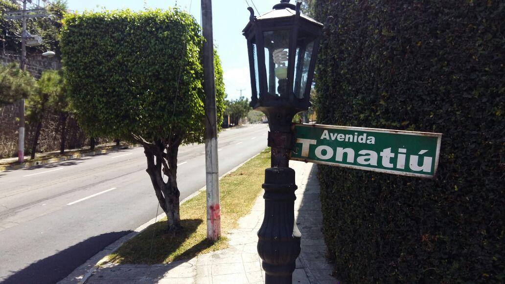 Foto D1. Salvador Sagastizado. Intersección de calle Cumbres de Cuscatlán y avenida Tonatiú, lugar donde trabajó José Balmore Callejas