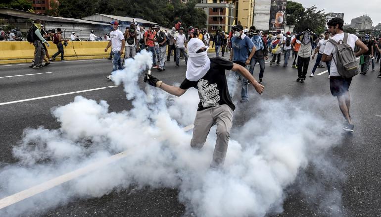 FotoD1, AFP