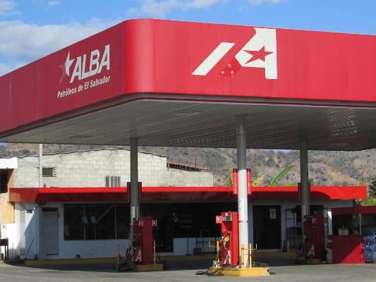 Expulsan del país a tres altos ejecutivos de Alba Petróleos