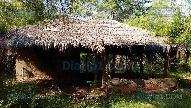 Foto D1. Salvador Sagastizado. Casa destroyer