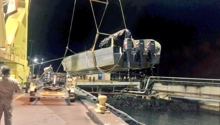Interceptan nuevo semi sumergible con 99 paquetes al sur de Acajutla