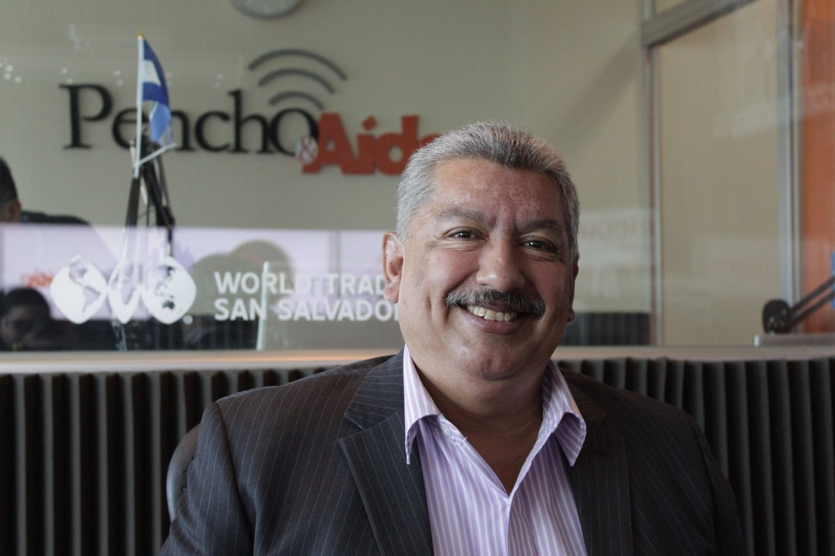 Julio Villagrán. Foto tomada de @PenchoyAida