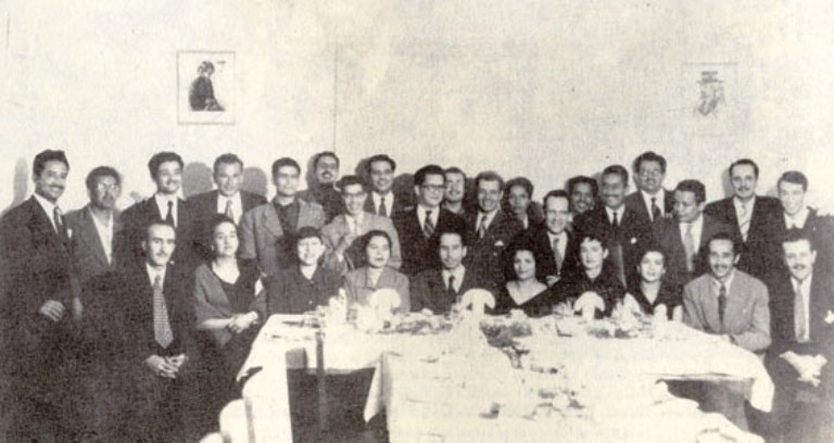 Liliam Jiménez con el Grupo Saker-tí.