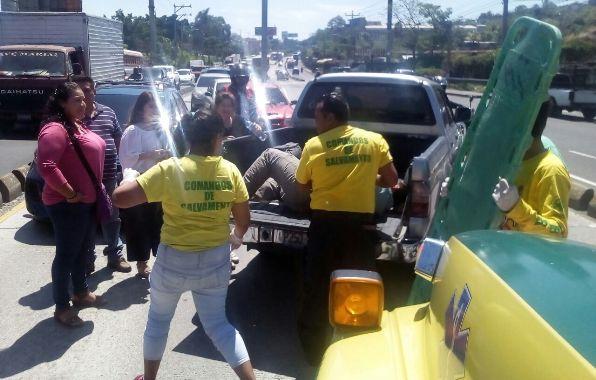 Foto Comandos de Salvamento.