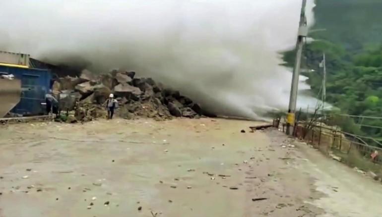 colapso-presa-colombia
