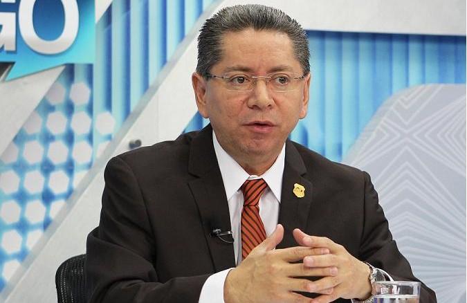 Imagen de Diálogo con Ernesto López