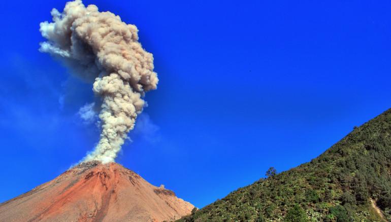 Volcán Santiaguito. Foto tomada de Flickr.