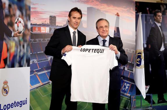 Presentación de Julen Lopetegui como entrenador del Real Madrid. Foto D1, EFE.