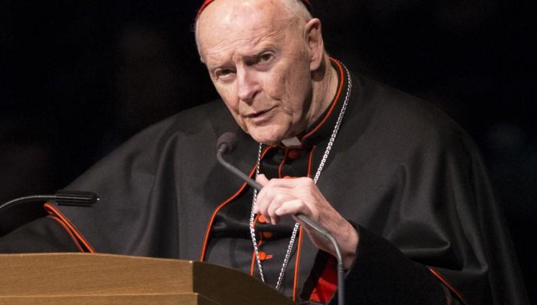 El Papa ordenareclusión de cardenal McCarrick hasta juzgarle por abusos