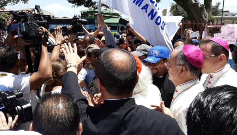 Disturbios en la ciudad  de Diriamba. Foto tomada de El Nuevo Diario.