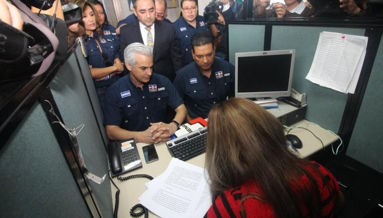 Habría más beneficiados por confesar corrupción — El Salvador