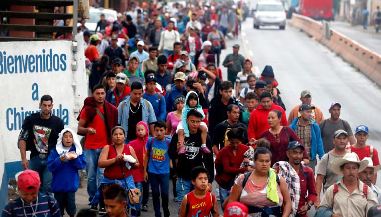 EU enviaría 800 tropas a la frontera para frenar la caravana