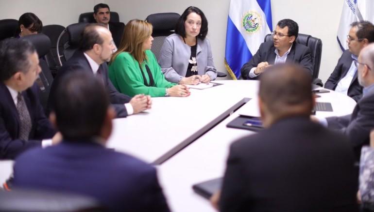 Foto Embajada de Estados Unidos en El Salvador.