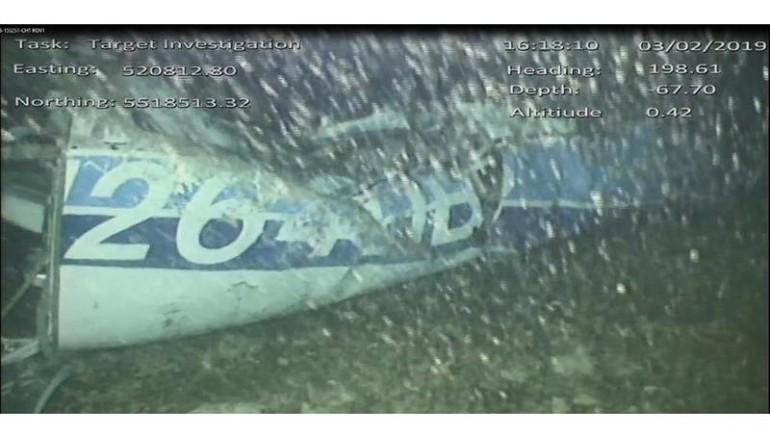 Restos de la avioneta en la que se transportó Emiliano Sala. Foto: EFE.
