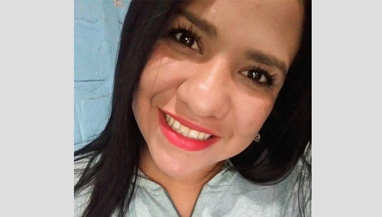 Melvia Fernanda Nájera Quesada, de 23 años, fue asesinada a balazos y su cuerpo fue mutilado en la finca San José, del municipio de Concepción de Ataco en el departamento de Ahuachapán. Foto Facebook