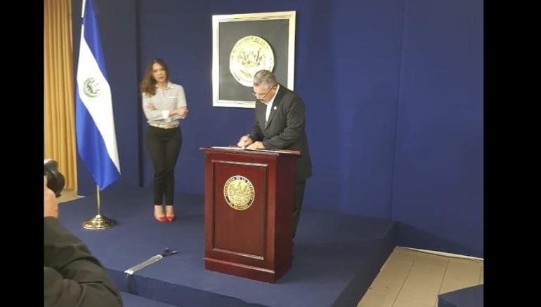 Nelson Guardado renuncia como viceministro de Obras Públicas