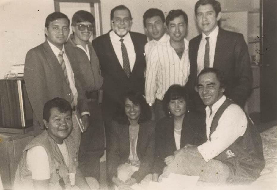 Con jefes guerrilleros durante diálogos de Acuerdos de Paz, en Oaxtepec, México.