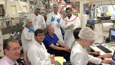 Álvaro Orlando Martínez Orellana junto a otros estudiantes y científicos de la NASA. Foto Diario 1/ cortesía.