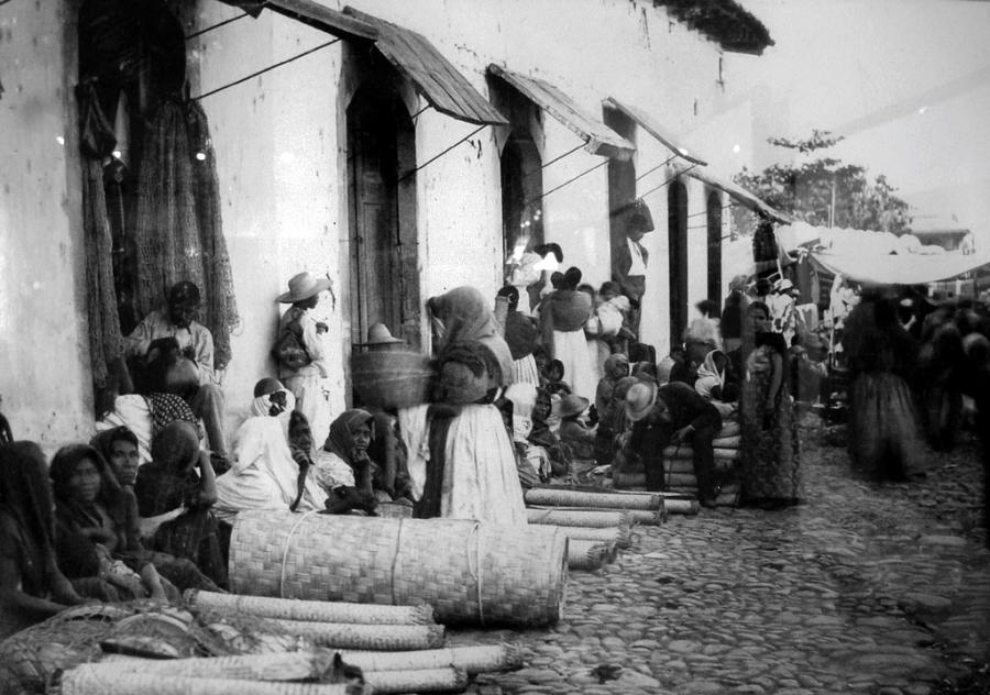 Foto por Carl Hartman COLECCIÓN MUSEO DE LA PALABRA Y LA IMAGEN