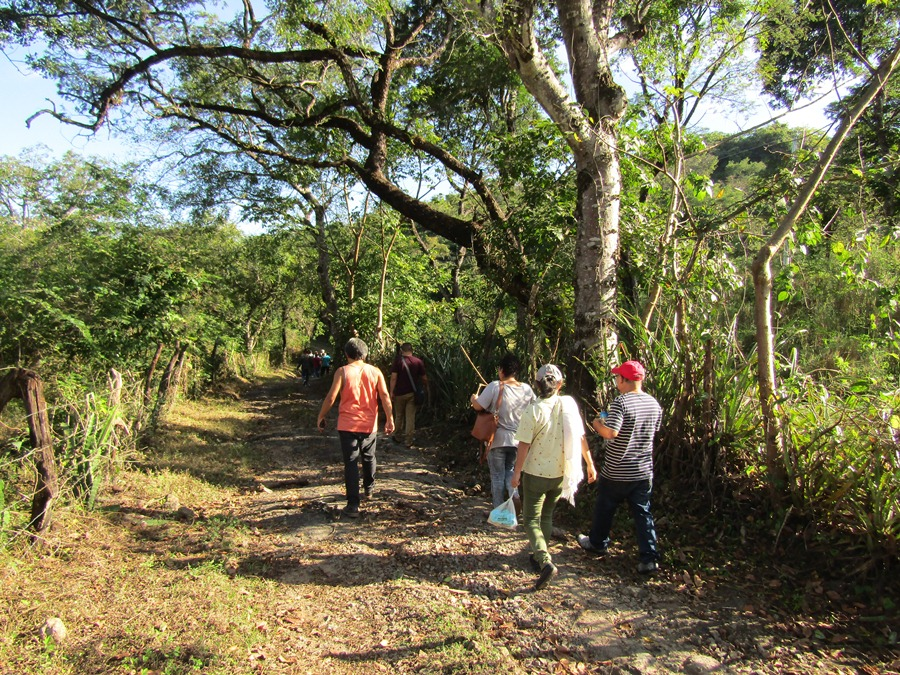 Canton La Guacamaya hacia la cueva Morazán copia