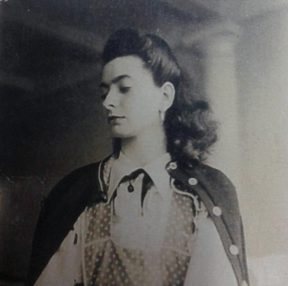 Olga Salarrue 6d43f43