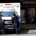 New York (United States), 27/03/2020.- EMS workers outside of The emergency room entrance at Bellevue hospital, in New York, New York, USA, 26 March 2020. New York City is now an epicenter of coronavirus COVID-19 coronavirus. New York City has reported over 37 thousand confirmed cases and 385 deaths. (Estados Unidos, Nueva York) EFE/EPA/Peter Foley