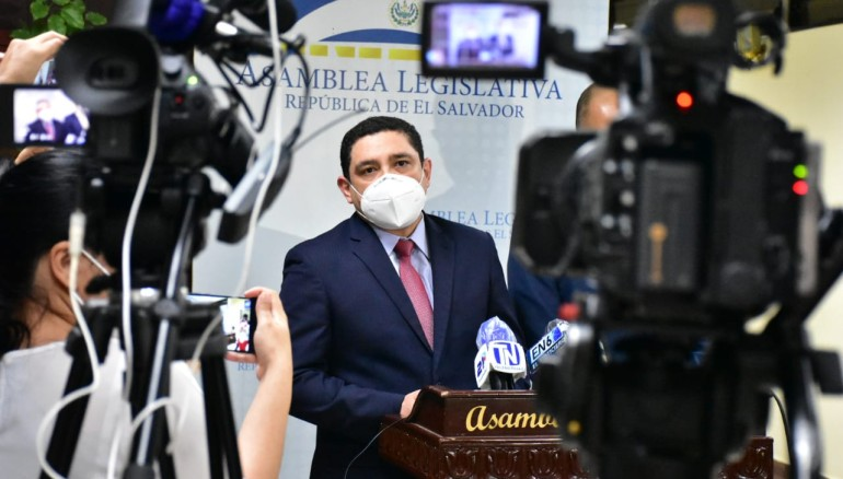 Javier Argueta, asesor jurídico de la Presidencia. Foto de Secretaría de Comunicaciones.