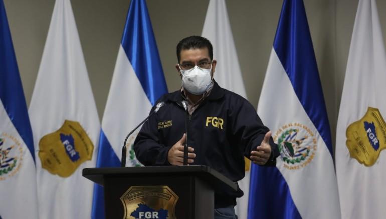 Acusan a expresidente salvadoreño por corrupción en presa Chaparral