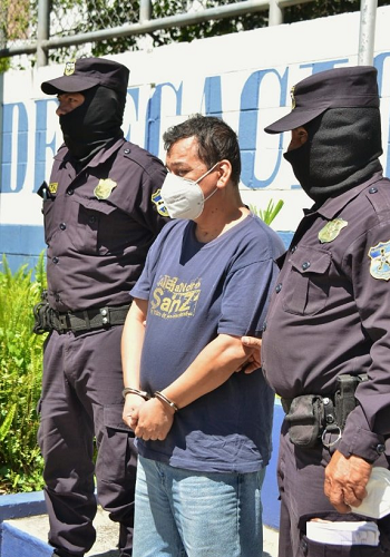 PNC ARRESTA A ASESINO in