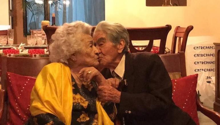 Julio César Mora Tapia nacido el 10 de marzo de 1910 (110 años) y Waldramina Maclovia Quinteros Reyes nacida el 16 de octubre de 1915 (104 años), estuvieron casados por 79 años.
