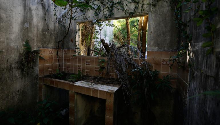 Las-colinas-terremoto-2001-casas-destruidas-ruinas-vestigios-santa-tecla8