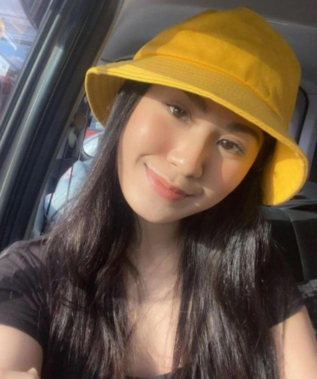 Modelo filipina 7